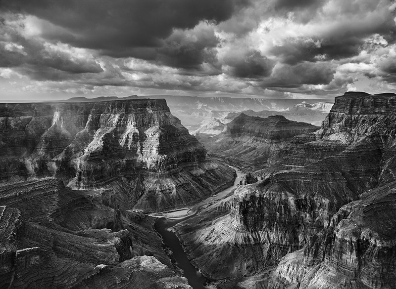 View of the junction of the Colorado and the Little Colorado from the Navajo territory. The Grand Canyon National Park begins after this junction. Arizona. USA. 2010. © Sebastião Salgado / Amazonas images