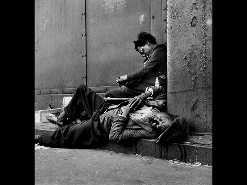 Homeless Couple, Harlem, New York, 1948 - Photograph by Gordon Parks ©The Gordon Parks Foundation