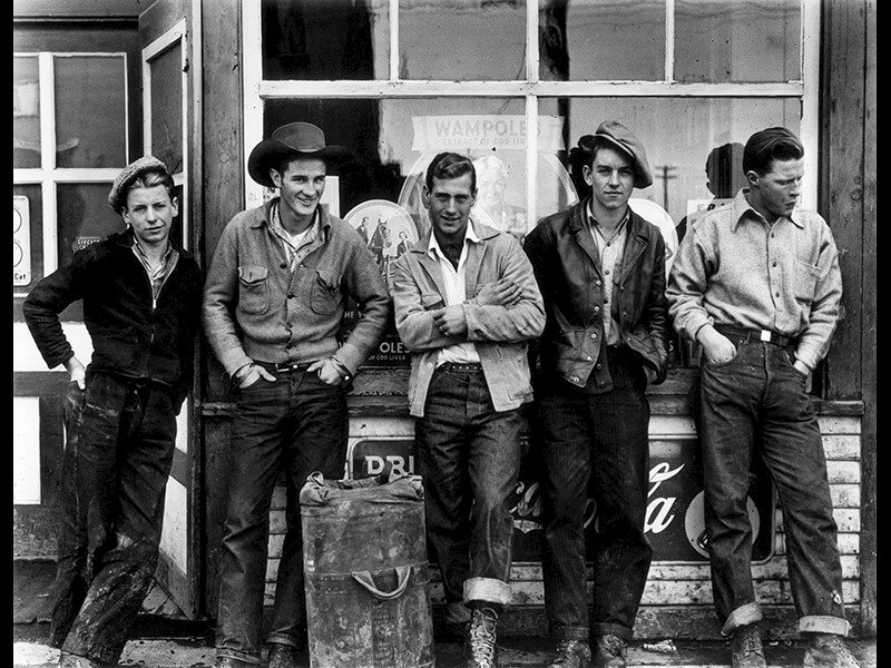 Drugstore Cowboys, Turner Valley, Canada, 1945 - Photograph by Gordon Parks ©The Gordon Parks Foundation